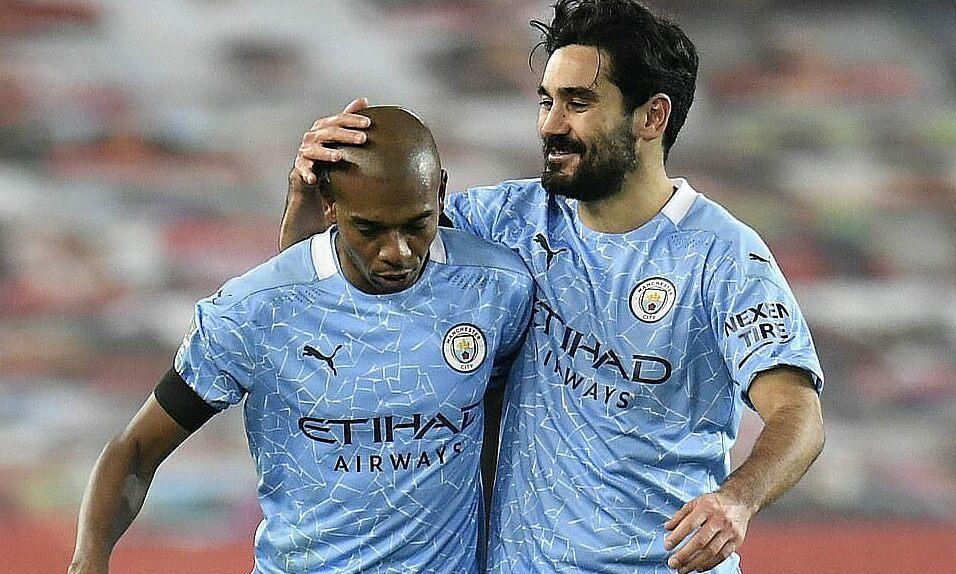 Neville menyinggung insiden Covid-19 membantu Man City