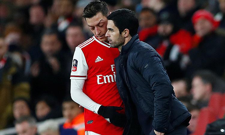 Arsenal mengucapkan selamat tinggal pada Ozil – w88alternatif Sports