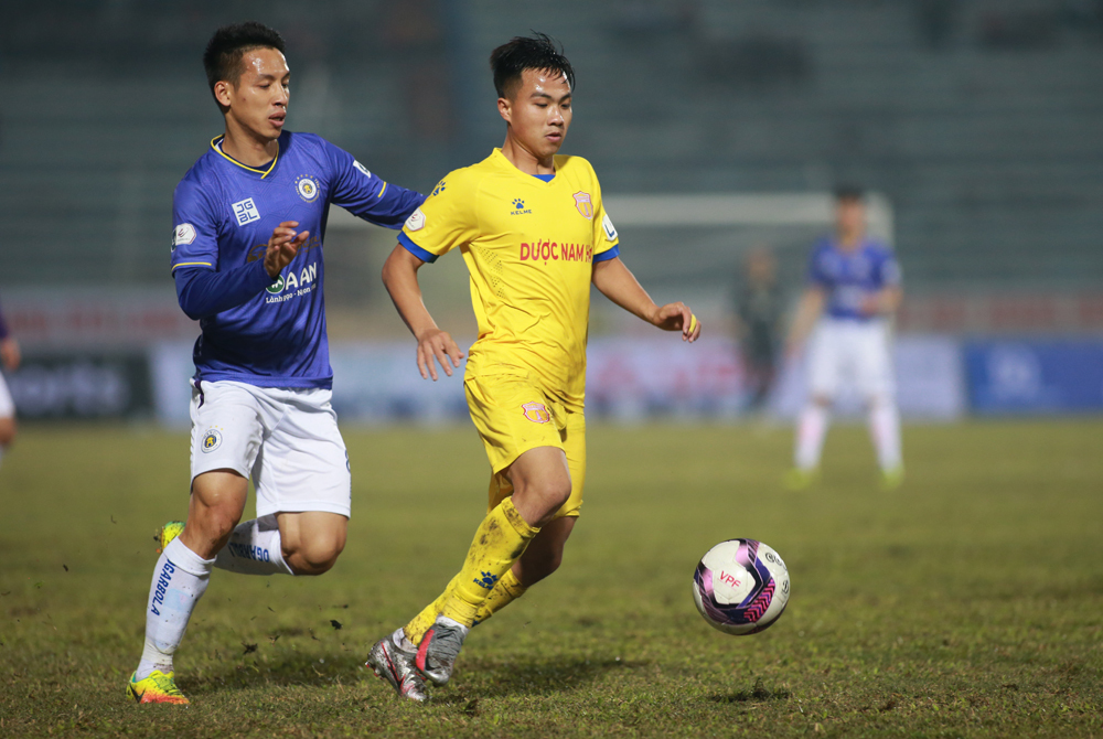 Pemain Nam Dinh mendapat penalti dingin
