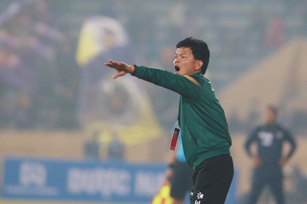 Pelatih Nguyen Van Sy: 'Dia bisa saja memenangkan Hanoi lebih gelap'