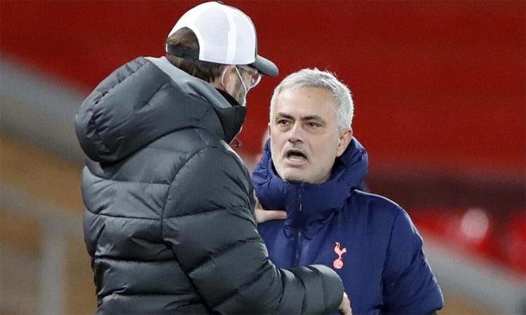 Mourinho menyinggung bias Klopp wasit