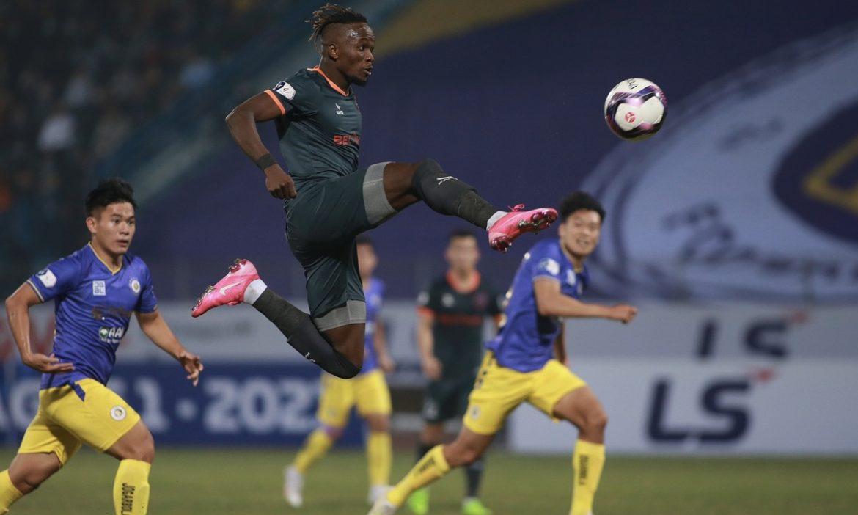 Hanoi 1-1 Binh Duong (babak kedua): Mansaray menyamakan kedudukan