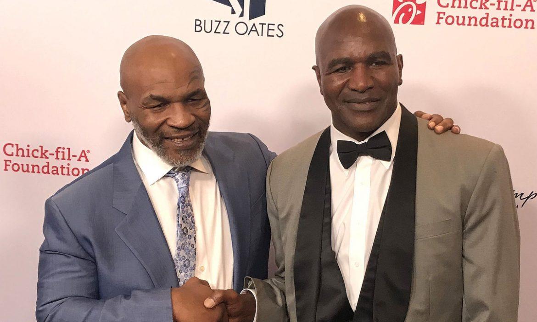 Holyfield meminta Tyson untuk memperebutkan $ 200 juta