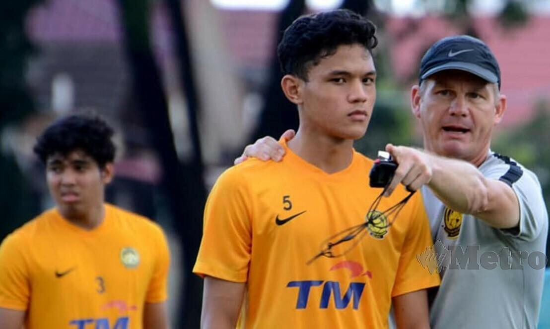 Malaysia menggunakan tim U19 untuk menendang SEA Games 31