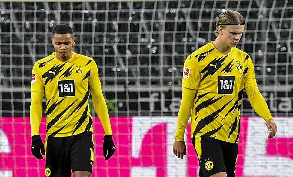 Haaland mencetak dua gol di Bundesliga