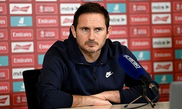 Lampard berbicara kepada wartawan
