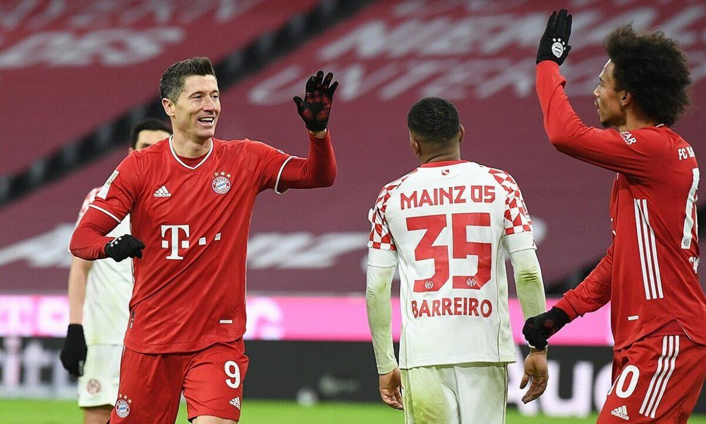 Bayern kembali menang berkat lima gol di babak kedua