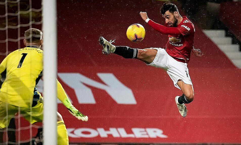 Neville: 'Man Utd datang ke puncak klasemen seperti pesta cepat'