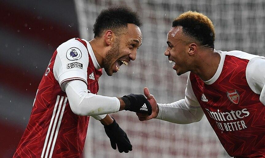 Arsenal menang berkat hat-trick Aubameyang