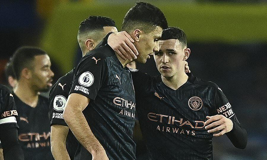 Man City memperkecil jarak dengan Man Utd menjadi 10 poin