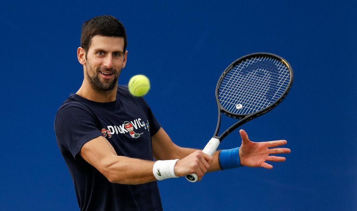 Djokovic mendapat tantangan di babak kedua Australia Terbuka
