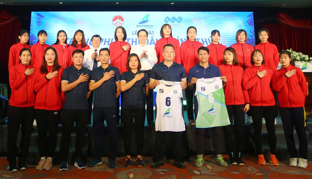 Bola voli wanita Vinh Phuc keluar dari kemiskinan