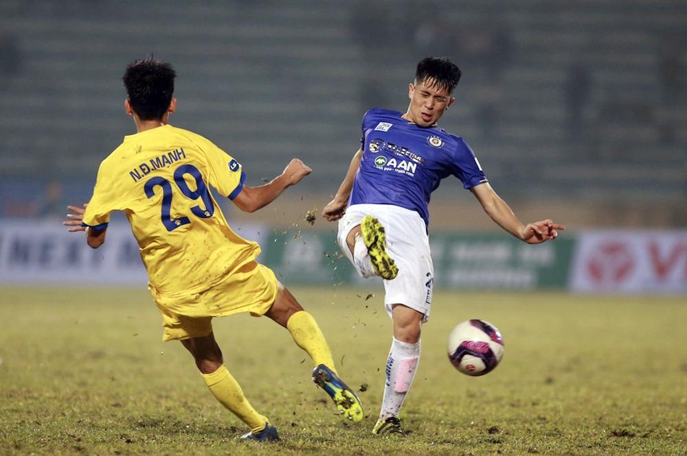 Hanoi dengan cabang Nam Dinh di Piala Nasional