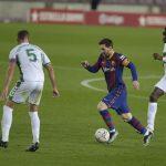 Messi membantu Barca mengejar Real