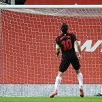 Man Utd lolos meski mendapat penalti