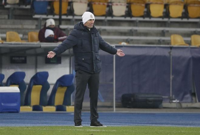 Zidane perlu memenangkan Liga Champions untuk mempertahankan kursinya
