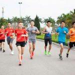 VM Hanoi Midnight menarik tim-tim lari terbaik untuk berkompetisi di Teams