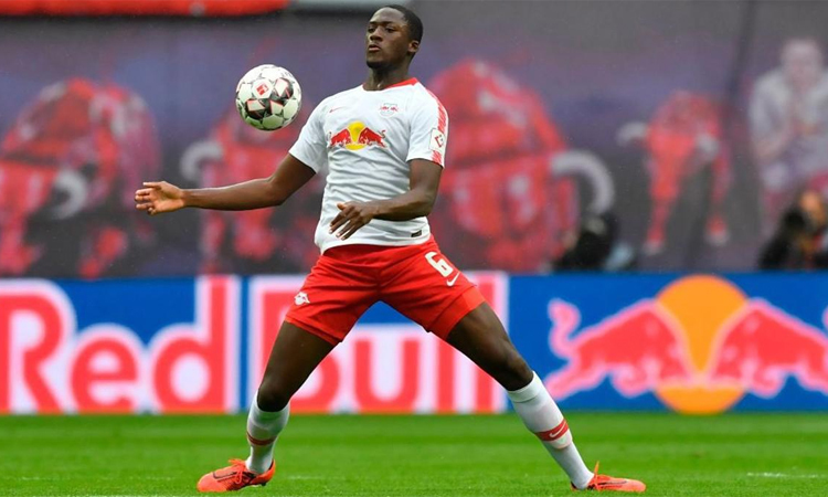 Liverpool merekrut gelandang RB Leipzig