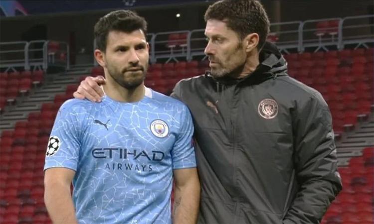 Aguero: 'Mereka tidak mengoper bola kepada saya'