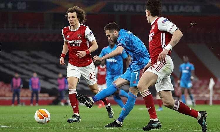 Arsenal masuk perempat final Liga Europa meski kalah di leg kedua