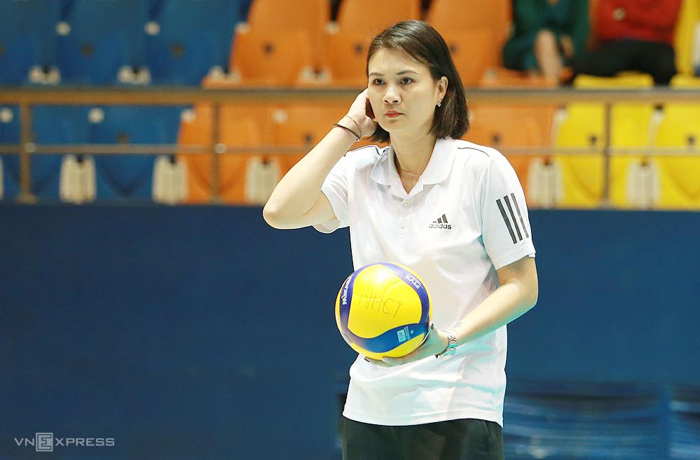 'Nona Bunga' Kim Hue memimpin klub Vinh Phuc