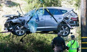Tiger Woods pingsan dalam kecelakaan itu