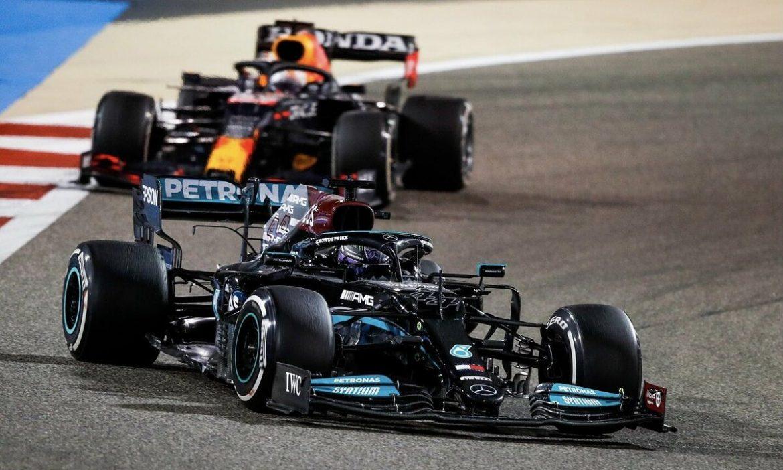 Hamilton memenangkan tahap pembukaan F1 2021