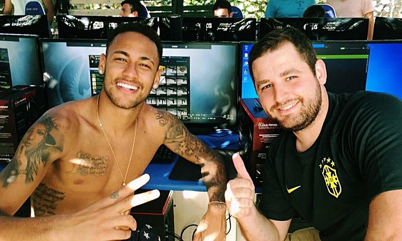 Dipertanyakan Neymar terus menerus cedera karena main game