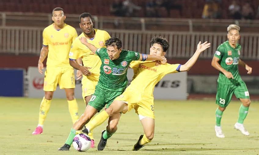 Nam Dinh menang di lapangan tandang untuk pertama kalinya dalam lebih dari dua tahun