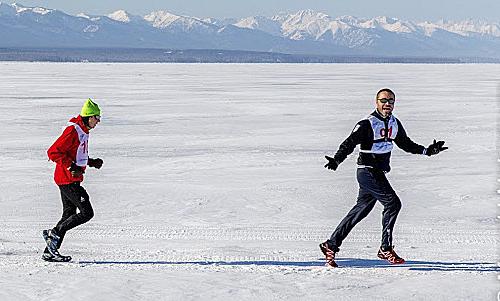 Maraton di danau beku