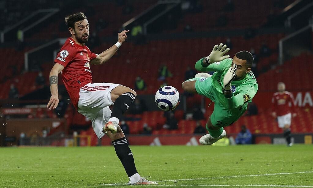 Fernandes membantu Man Utd menang melawan