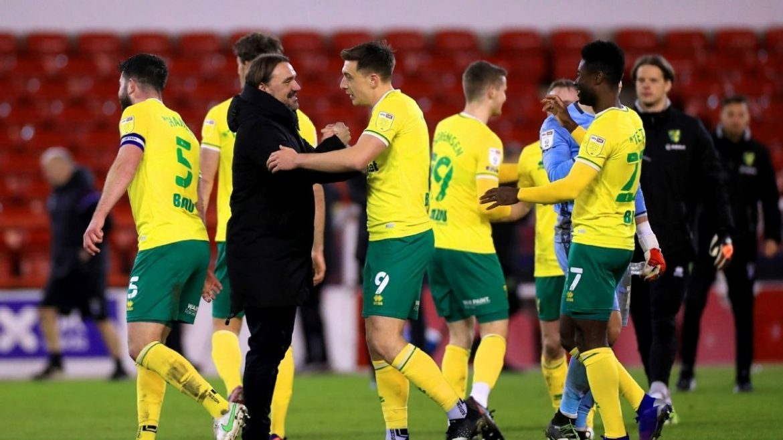 Norwich ke Liga Premier