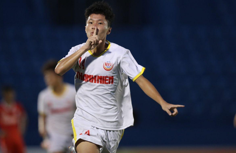 Sepupu Cong Phuong memasuki final nasional U19