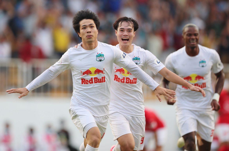HAGL dan Kiatisuk menjadi yang terbaik setelah enam putaran V-League