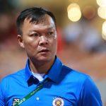 Mantan kiper Duong Hong Son memimpin Quang Nam