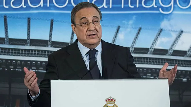Dua belas klub Eropa mendirikan Liga Super Eropa sendiri untuk menggantikan Liga Champions