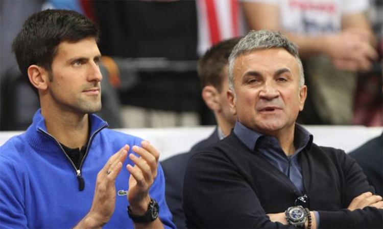 Ayah Djokovic: 'Federer adalah orang jahat'