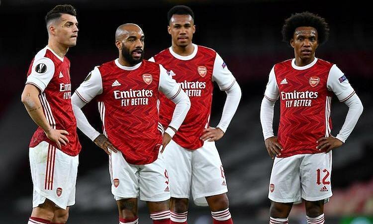 Keown: 'Wajah Arsenal harus ditinju oleh seseorang'