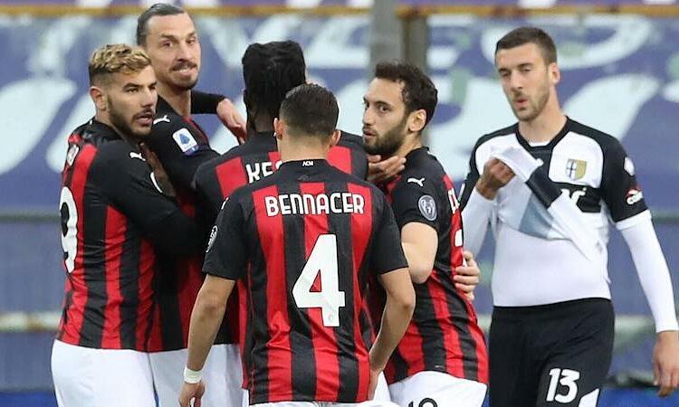 Ibrahimovic diusir keluar lapangan dalam kemenangan Milan