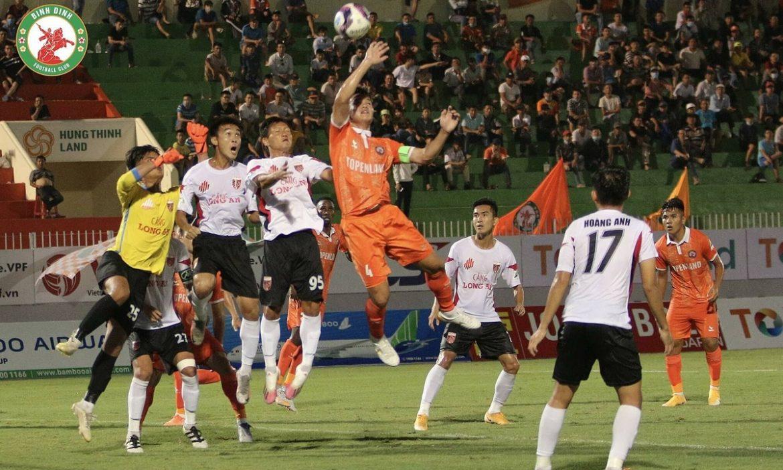 Binh Dinh kalah setelah menggantikan kiper karena adu penalti