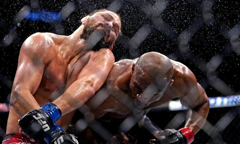 Petarung MMA berhasil dikalahkan setelah menertawakan lawannya