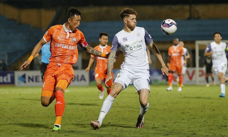 Hanoi FC kalah sebanyak gabungan dua musim sebelumnya