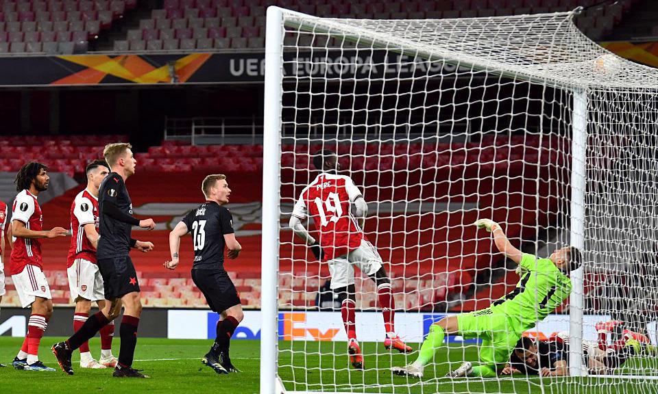 Arsenal mempersulit diri mereka sendiri di Liga Europa