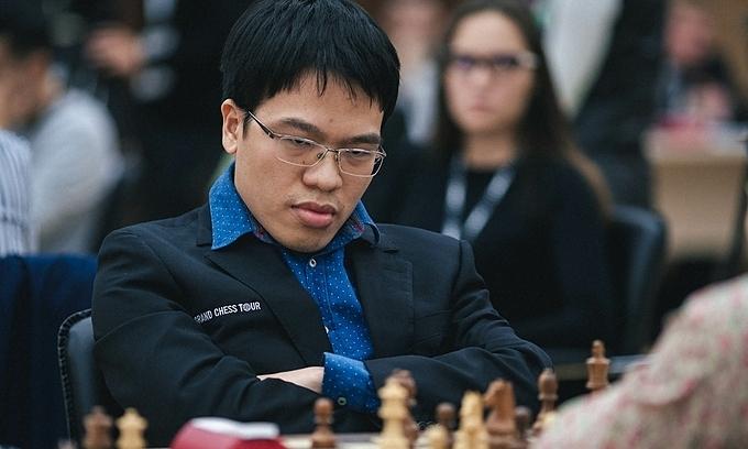 Quang Liem kalah dari Raja Carlsen