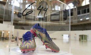 Messi, pelelangan sepatu Messi, rekor mencetak gol Messi, rekor Pele