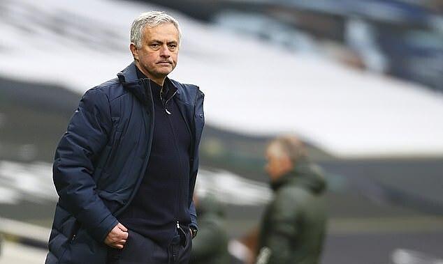 Mourinho mencapai rekor terendah dalam karirnya
