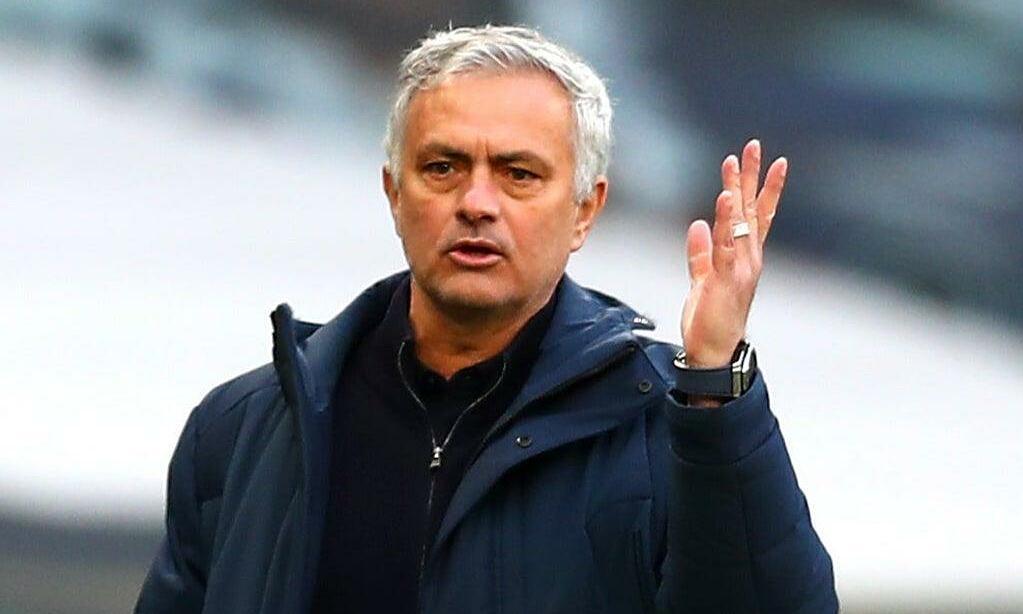 Mourinho paling berisiko dipecat