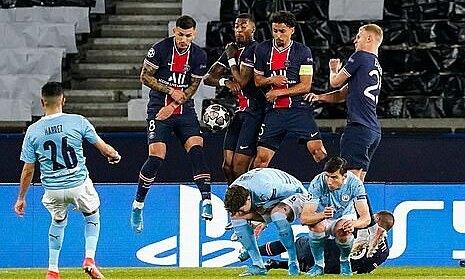 Wenger: 'PSG kebobolan gol yang tidak bisa diterima di Liga Champions'