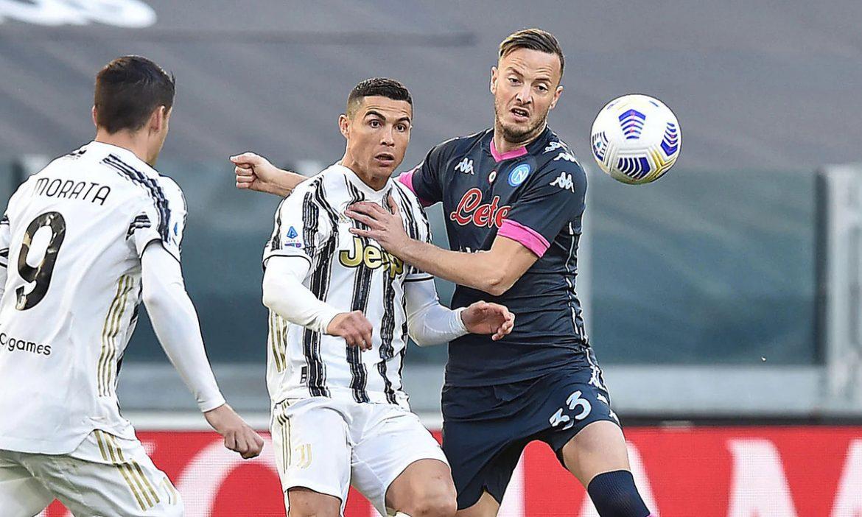Ronaldo menempatkan Juventus di posisi 3 besar