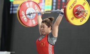 Hoang Thi Duyen memenangkan medali perunggu untuk angkat besi Asia